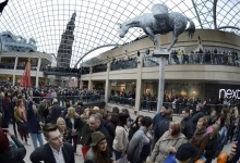 Shoppers walk in the newly opened Trinity Leeds shopping centre in Leeds, northern England March 21, 2013. REUTERS/Nigel Roddis