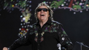 American country music singer Ronnie Milsap performs in Nashville, Tennessee June 8, 2012. REUTERS/Harrison McClary/Files