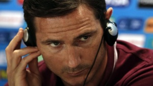 Britain's national team player Frank Lampard listens a question during a news conference in Belo Horizonte June 23, 2014. REUTERS/Sergio Perez/Files