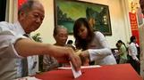 Vietnamese vote in parliamentary poll