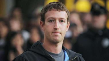 Time to buy Facebook? Wait until $18: valuation expert - Decoder