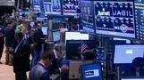Wall Street: strong quarter, weak day