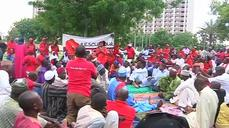 Nigerians keep up protests to demand action on kidnapped girls