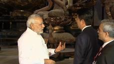 Japanese and Indian PMs tour Buddhist temple in Kyoto
