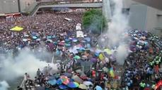 Hong Kong resorts to tear gas to break up demonstrators