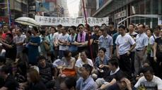 Hong Kong protesters prepare for long-haul