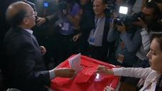 Candidates vote in Tunisia
