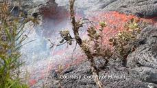 Lava flow threatens Pahoa market in Hawaii
