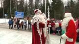 Russian, Finnish Santa Clauses meet at border