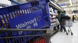 Wal-Mart banks on bricks and clicks in China