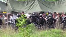 Tear gas and desperation at Hungary migrant camp