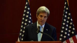 Kerry raises DNC email issue with Lavrov