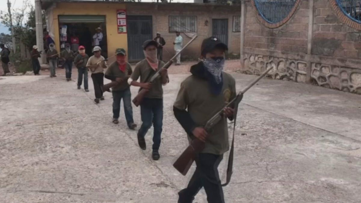Mexican kids get militia training against cartels