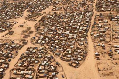An aerial view shows the Kassab Camp in Kutum north Darfur, March 24, 2007. A newly found imprint of a vast, ancient underground lake in Sudan's Darfur could restore peace to the region by providing a potential water source to an area ravaged by drought, a U.S. geologist says. REUTERS/Michael Kamber