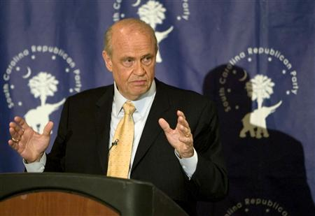 Former U.S. Senator and potential presidential candidate Fred Thompson (R-TN) speaks to a group of supporters during a luncheon at the Clarion Town House Hotel in Columbia, South Carolina June 27, 2007 file photo. Thompson needs to say in August if he is running for president because he has enjoyed about all the benefits he can expect from being a noncandidate, a key backer said on Tuesday. REUTERS/Chris Keane