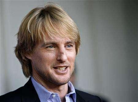 Owen Wilson attends the premiere of ''The Wendell Baker Story'' at the Writers Guild theater in Beverly Hills, California, May 10, 2007. Wilson, the Hollywood actor hospitalized just over a week ago following a reported suicide attempt, is ''doing very well'', said Wes Anderson, who directed him in the new comedy ''The Darjeeling Limited''. REUTERS/Mario Anzuoni