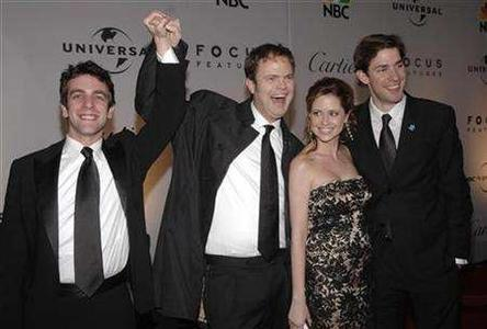 (L-R) Actors B.J.Novak, Rainn Wilson, Jenna Fischer and John Krasinski from the NBC Show ''The Office'' attend a Golden Globes after party at the Beverly Hilton Hotel in Beverly Hills, California on January 15, 2007. Amazon will sell NBC shows such as ''The Office,'' ''Heroes'' and ''30 Rock'' through its Unbox digital video download service, the companies said in a statement. REUTERS/Phil McCarten