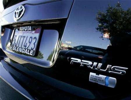 A Toyota Prius sedan is pictured in Los Angeles October 14, 2005. No car can be ''green'', ''clean'' or ''environmentally friendly'', according to some of the world's strictest advertising guidelines set to enter into force in Norway next month. REUTERS/Fred Prouser