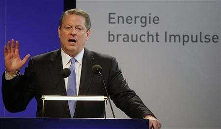 Former U.S. Vice President and winner of this year's Nobel Peace Prize Al Gore holds a speech during a climate congress in Berlin October 23, 2007. The text in the background reads: 'Energy needs impulses.' REUTERS/Hannibal Hanschke