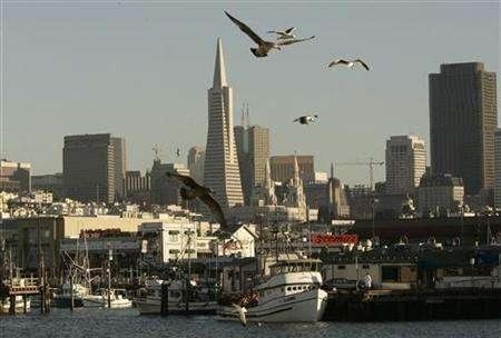 Fishing boats sit idle at Pier 45 in San Francisco, California November 13, 2007. REUTERS/Robert Galbraith