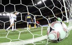 <p>Filippo Inzaghi del Milan nell'ultima partita con il Boca Juniors in Giappone. REUTERS/Kim Kyung-Hoon</p>