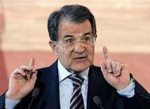 <p>Il presidente del Consiglio Romano Prodi. La foto è stata scattata lo scorso 27 dicembre nella conferenza stampa di fine anno del premier. REUTERS/Alessandro Bianchi (ITALY)</p>