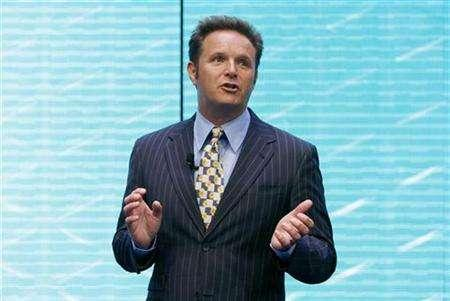 Producer Mark Burnett addresses the audience about the upcoming Shrek III film during announcements by AOL regarding their 2007-2008 lineup in New York April 17, 2007. NBC has slotted two new reality series from Burnett, the producer whose TV hits include ''Survivor,'' ''The Apprentice'' and ''Are You Smarter Than a 5th Grader?'' REUTERS/Lucas Jackson