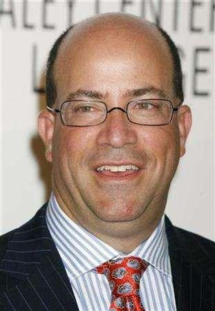 Jeff Zucker, president and the Chief Executive of NBC Universal arrives at the Paley Center for Media Los Angeles Gala honoring NBC's Zucker and Dick Ebersol in Los Angeles November 12, 2007. NBC Universal aims to shake up the way it does business, particularly with its pilot development and ''upfront'' presentations, president and CEO Jeff Zucker said Tuesday. REUTERS/Fred Prouser