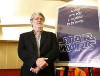 <p>Il regista di Guerre Stellari, George Lucas. REUTERS/Mario Anzuoni (UNITED STATES)</p>