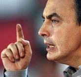 <p>Il premier spagnolo Jose Luis Rodriguez Zapatero in una foto d'archivio. REUTERS/Nacho Cubero (SPAIN)</p>