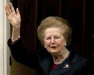 <p>Immagine d'archivio del 2005 dell'ex premier britannico Margaret Thatcher. REUTERS/Kieran Doherty/Files (BRITAIN)</p>