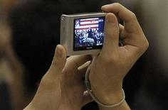 <p>Una macchina fotografica digitale in un'immagine di archivio. REUTERS/Phil Klein</p>