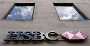 <p>Il logo della banca HSBC a Londra. REUTERS/Alessia Pierdomenico (BRITAIN)</p>