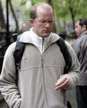 <p>Jack Jordan, protagonista delle molestie nei confronti di Uma Thurman lascia il tribunale di New York. REUTERS/Chip East</p>