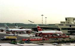<p>Un'immagine dell'aeroporto internazionale di Malpensa, Milano (foto d'archivio). REUTERS/Stefano Rellandini</p>