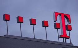<p>Deutsche Telekom a conclu le rachat à l'État grec d'une participation supplémentaire de 3% dans l'opérateur télécoms OTE au prix de 29,75 euros l'action. /Photo prise le 28 février 2008/REUTERS/Ina Fassbender</p>