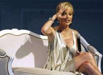 <p>Sharon Stone a Shanghai. REUTERS/China Daily</p>