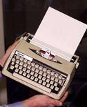 <p>Una macchina da scrivere. REUTERS/HO Old</p>