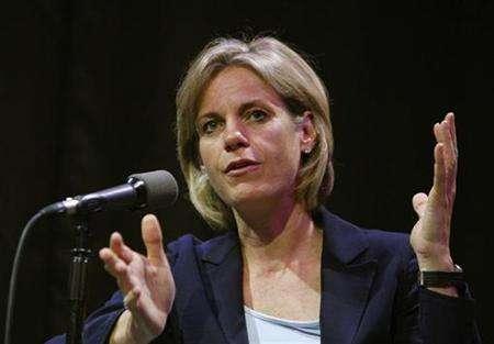 President of Yahoo! Inc., Susan Decker, speaks at the Advertising 2.0 conference in New York June 4, 2008. REUTERS/Brendan McDermid