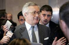 <p>Il ministro dell'Economia Giulio Tremonti. REUTERS/Gerard Cerles/Pool</p>