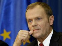 <p>Премьер-министр Польши Дональд Туск на пресс-конференции в Варшаве 1 июля 2008 года. Польша отвергла предложение США об укреплении ее противовоздушной обороны в обмен на размещение элементов американской системы ПРО на своей территории, однако открыта для дальнейших переговоров с Вашингтоном, сообщил польский премьер-министр Дональд Туск в пятницу. (REUTERS/Peter Andrews)</p>