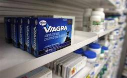 <p>Una scatola di Viagra REUTERS/Mark Blinch</p>