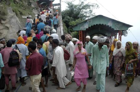 Probe Ordered Into Naina Devi Temple Stampede Reuters
