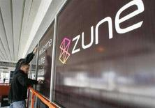 <p>Una pubblicità di Zune al Las Vegas Convention Center per l'International Consumer Electronics Show 2007. REUTERS/Steve Marcus</p>