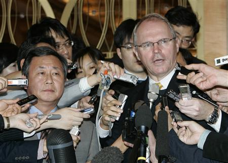 Top U.S. nuclear envoy Christopher Hill speaks to the media after a meeting with his South Korean counterpart Kim Sook (L) at a hotel in Seoul, September 30, 2008. REUTERS/Jo Yong-Hak