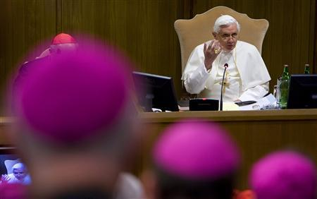 Pope Benedict XVI speaks during the opening meeting of the Synod of the bishops at the Nervi Hall in the Vatican October 6, 2008. REUTERS/Max Rossi