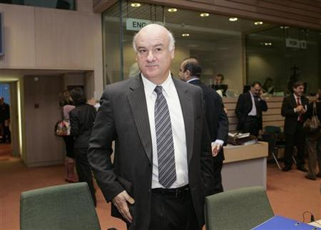 European Fisheries and Maritime Affairs Commissioner Joe Borg attends a EU agriculture and fisheries ministers meeting in Brussels December 18, 2007. REUTERS/Thierry Roge