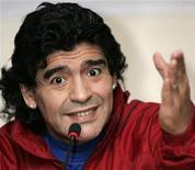 <p>L'ex stella del calcio Diego Maradona sarà il prossimo ct dell'Argentina, dicono i media locali. Qui Maradona in una foto scatta a a Tbilisi il 23 ottobre scorso, prima della parrtita amichevole contro gli ex della nazionale georgiana con una squadra composta da amici. REUTERS/David Mdzinarishvili</p>