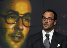 <p>Tom Ford, president and chief executive of Tom Ford International, speaks at the Supreme Luxury conference in Moscow, November 28, 2007. REUTERS/Thomas Peter</p>