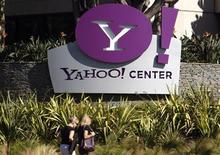 <p>Ingresso agli uffici Yahoo a Santa Monica, California. REUTERS/Lucy Nicholson</p>